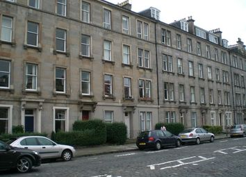 4 bed flat to rent in East Claremont Street, New Town, Edinburgh EH7