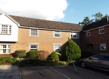 Thumbnail 2 bedroom flat to rent in St Pauls Place, City Centre, Winchester