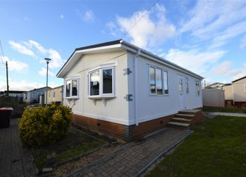 Thumbnail 2 bed mobile/park home for sale in Woodside Park Homes, Woodside, Luton