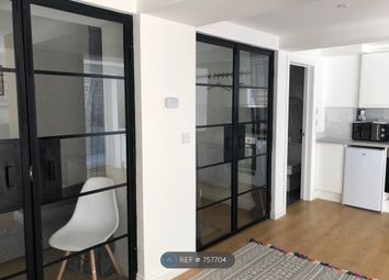 Thumbnail 2 bed flat to rent in Villiers Road, Southsea