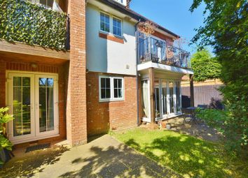 Thumbnail 2 bed flat for sale in Cherry Tree Road, Beaconsfield