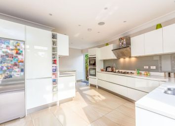 Monkfrith Close, Southgate N14. 4 bed semi-detached house