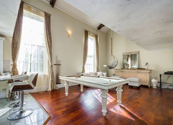 Thumbnail 4 bed flat to rent in Royal Drive, London