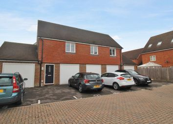 Thumbnail 2 bed maisonette to rent in Brookfield Drive, Horley