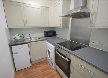 Thumbnail 5 bed flat to rent in Holdenhurst Road, Bournemouth