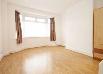 Thumbnail Studio to rent in Kingsmead Drive, Northolt, Middlesex