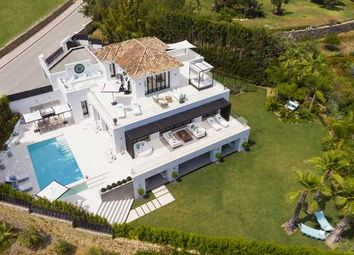 Thumbnail 5 bed villa for sale in Los Naranjos, Nueva Andalucia, Costa Del Sol
