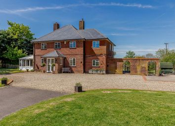 Thumbnail 4 bed detached house for sale in Knowl Hill, Kingsclere
