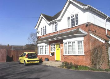 Thumbnail Studio to rent in Sulhamstead Road, Burghfield, Reading