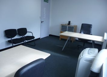 Thumbnail Serviced office to let in Unit 15 Delamare Road, Waltham Cross