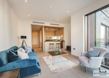 Thumbnail 1 bed flat to rent in Viaduct Gardens, London