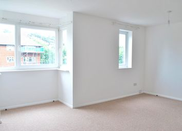 Thumbnail 1 bed flat to rent in Shortlands, Bromley