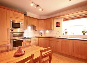 Thumbnail 2 bed flat to rent in Pampisford Road, South Croydon, Surrey