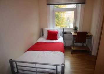 Thumbnail Studio to rent in Russell Road, West Kensington