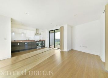 Thumbnail 2 bed flat to rent in Parade Gardens, Chingford