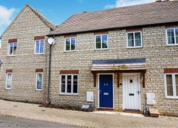 3 bed terraced house for sale in Woodrush Gardens, Carterton OX18