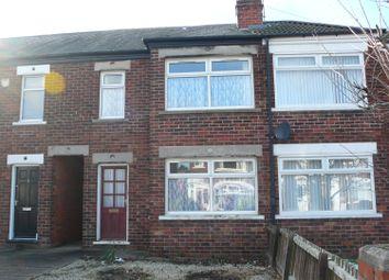 Thumbnail 3 bed terraced house to rent in Brockenhurst Avenue, Cottingham