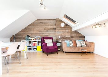 Thumbnail 1 bedroom flat to rent in Northwold Road, London