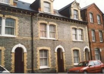 Thumbnail 1 bed flat to rent in Sackville Street, Reading, Berkshire