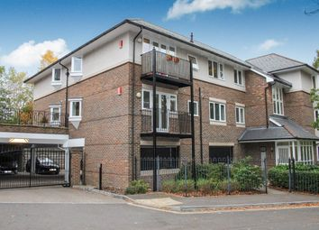 Thumbnail 2 bed flat to rent in Sarum Road, Winchester