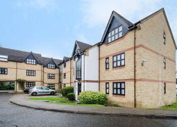 Thumbnail Studio to rent in Lodgehill Park Close, South Harrow