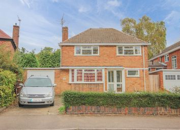 Thumbnail 3 bed flat to rent in Sibley Avenue, Harpenden