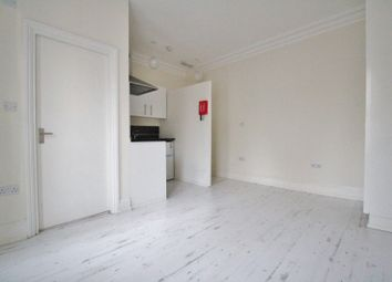 Thumbnail Studio to rent in Stapleton Hall Road, London