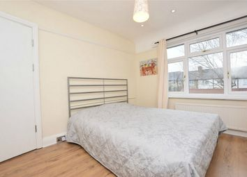 Room to rent in Eastcote Avenue, Greenford, Greater London UB6