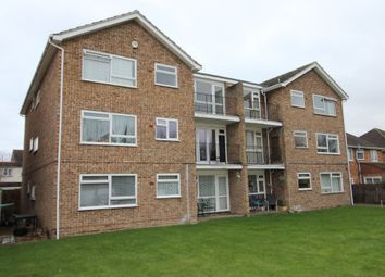 Thumbnail 1 bed flat to rent in Stanwell Road, Ashford