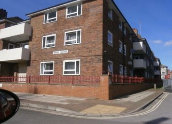 Thumbnail 4 bed flat to rent in North Street, Portsmouth