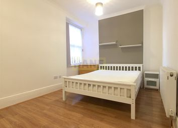 Thumbnail 3 bedroom flat to rent in Grand Parade, Haringey