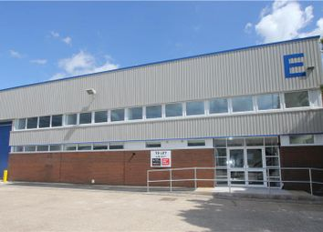 Thumbnail Office to let in First Floor Unit E, Griffin Industrial Park, Totton, Southampton, Hampshire