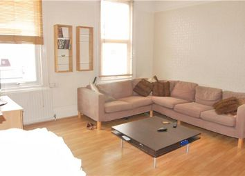 Thumbnail 2 bed maisonette to rent in Chestnut Grove, Balham