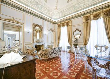 Thumbnail 4 bed apartment for sale in Milano, Milano, Lombardia