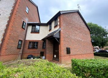 Thumbnail 2 bed maisonette to rent in Pheasant Close, Swindon