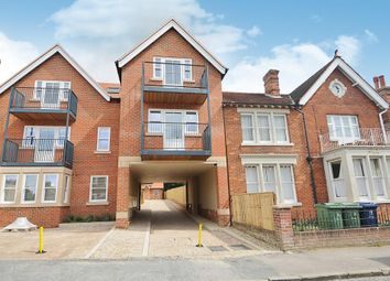Thumbnail 3 bed flat to rent in Hill Top Road, Oxford