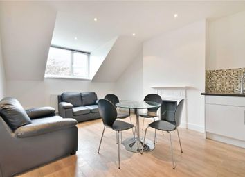 2 bed flat to rent in Minster Road, West Hampstead, London NW2