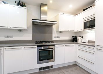 Thumbnail 2 bedroom flat for sale in Holmewood, 40 Gregories Road, Beaconsfield