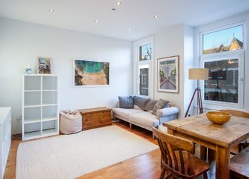 Thumbnail 2 bed flat for sale in 40 Fairbridge Road, Archway
