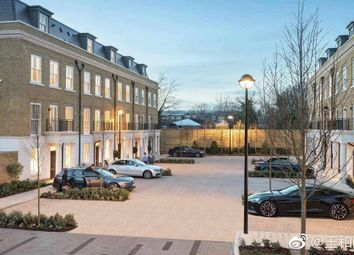 Thumbnail 4 bed terraced house for sale in Brewery Lane, Richmond, London