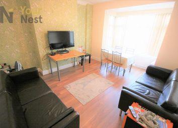 Thumbnail Room to rent in Room 1, Estcourt Avenue, Headingley