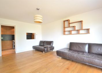 Thumbnail 2 bed flat to rent in Somerset Road, Barnet, Hertfordshire