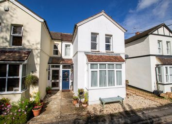 2 bed property for sale in Lyndford Terrace, Fleet GU52