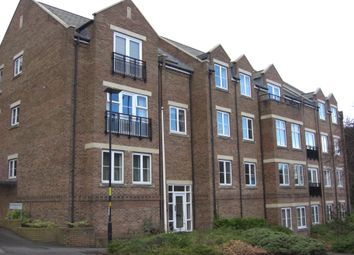 Thumbnail 2 bed flat to rent in Manor Hill, Sutton Coldfield