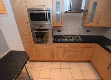 2 bed flat to rent in Edith Cliff Walk, Manchester M40