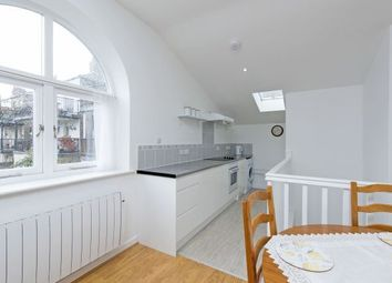 Thumbnail 1 bed flat to rent in Broughton Street, Battersea