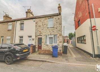 3 bed property for sale in William Street, Grays RM17