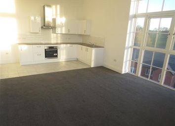 Thumbnail 2 bed flat to rent in Crocketts Lane, Smethwick, Birmingham