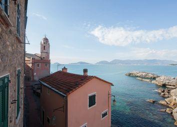 Thumbnail 2 bed duplex for sale in Via San Giorgio 24, Lerici, La Spezia, Liguria, Italy
