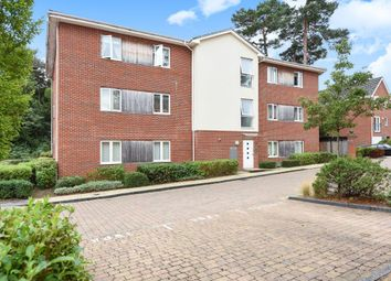 Thumbnail 2 bedroom flat to rent in Brook Avenue, Ascot